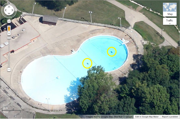 Jackson Park Pool (Main Drains circled in yellow)